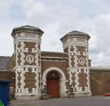 Roots of Success Introduced to Inmates at London's Wormwood Scrubs Prison